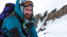 Mountains And Other Drugs of Jake Gyllenhaal - http://blog.viptrace.com/2015/10/13/mountains-and-other-drugs-of-jake-gyllenhaal/