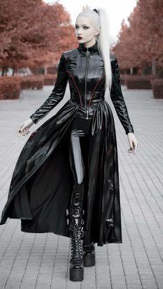 Fetish Fashion, Punk Fashion, Gothic Fashion, Fashion Models, Womens Fashion, Gothic Girls, Hot Goth Girls, Kina Shen, Slick Ponytail