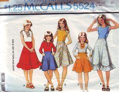 vintage 5524, McCall des années 70 hauts pour enfants et jupes de mires, taille des filles 10, poitrine 28,5 livraison gratuite au canada et é.-u. by vintagevice on Etsy