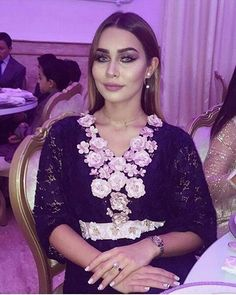"441 Likes, 5 Comments - Halima Azhare  (@oriental_inspiration) on Instagram: ""#caftani #caftan #kaftan #tekshita #moroccan #morocco #dress #bride #wedding #fashion #hautecouture…"""