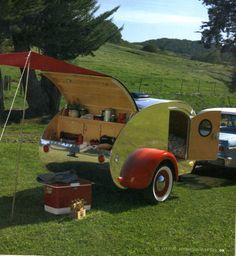 Fantastic Teardrop Camper Trailer Design Ideas For Nice Camping Vintage Campers, Camping Vintage, Vintage Travel Trailers, Retro Camping, Vintage Airstream, Airstream Interior, Vintage Picnic, Airstream Living, Vintage Rv