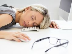 Why Am I So Tired? 5 Tips to Increase Your Energy - http://wellnessroutines.com/why-am-i-so-tired-5-tips-to-increase-your-energy/