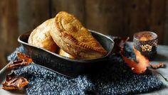 Butternut, pecan, ricotta and sage pasties recipe - BBC Food Veggie Recipes, Vegetarian Recipes, Vegetarian Thanksgiving, Savoury Recipes, Quiche, My Favorite Food, Favorite Recipes, Savory Pastry, Savoury Pies