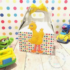 Big Bird Favor Box | Birthday Party Treat Box | Snack Box | Party Box | Sesame Street Gable Box | Cookie Monster | Elmo | Abby Cadabby