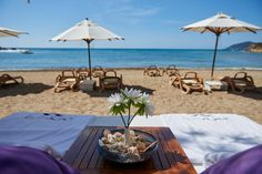 Ibiza restaurants: Beach restaurants | White Ibiza