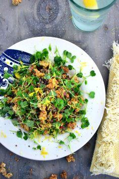 Warm Quinoa Salad with a Crunch | BakeryonMain | #glutenfree #salad #healthy #recipe #quinoa
