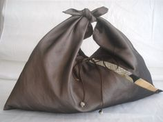by JAponaise (how about a bag like this?!)