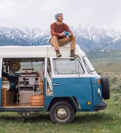25 Vintage VW Combi For Awesome Camper Van