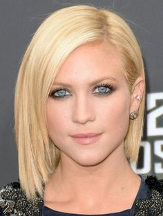 Kohl-Rimmed Eyes - Brittany Snow's kohl liner made her bright blue eyes pop more than ever before, providing a striking contrast to her platinum blonde locks http://primped.ninemsn.com.au/galleries/makeup-galleries/celebrity-makeup-look-we-love-kohl-rimmed-eyes?image=5