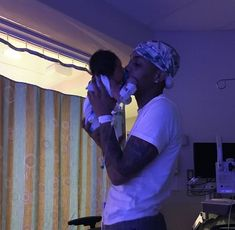 Father And Baby, Mommy And Son, Dad Baby, Cute Mixed Babies, Cute Black Babies, Cute Babies, Cute Family, Baby Family, Family Goals