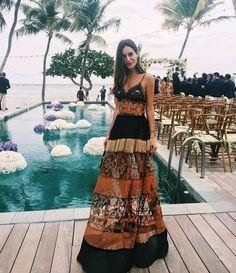 Os vestidos das convidadas do casamento de Helena Bordon em St Barth - Vogue | News