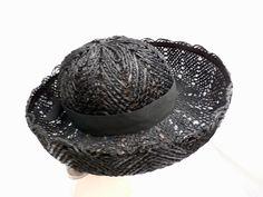 Vintage Ladies Black Cellophane Lace Straw Brimmed Hat 1960s - The Best Vintage Clothing  - 3