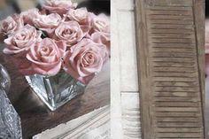 #Decorar con #flores frescas! Hermoso bouquet  muy simple para hacer en casa.  #hogar #rosas