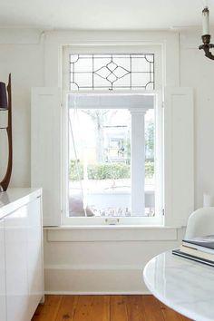 Foyer-interior- window shutters- via theartofdoingstuff.com - great tutorial - DIY interior shutters
