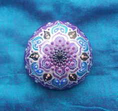 Painted-dotart-mandala-stone-dotted-rock-handpainted-decoration-spiritual-gift