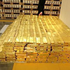 Do you want this kind of lifestyle? Make it happen today! Golden bricks for wealth building Wealthy Lifestyle, Rich Lifestyle, Billionaire Lifestyle, Luxury Lifestyle, Gold Bullion Bars, Gold Reserve, Money Stacks, Gold Money, Best Interior Design