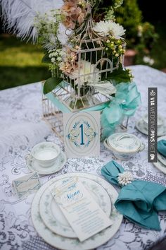Neato! - Vintage wedding (Sarah Carter Photography) | CHECK OUT MORE GREAT VINTAGE WEDDING IDEAS AT WEDDINGPINS.NET | #weddings #vintagewedding #weddingvintage #oldweddingphotos #events #forweddings #iloveweddings #romance #vintage #planners #old #ceremonyphotos #weddingphotos #weddingpictures