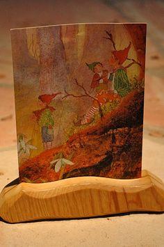 seasons round autumn 09 :: postcard and holder | par waldorf mama