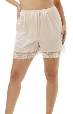 Underworks Pettipants Nylon Culotte Slip Bloomers Split Skirt Inseam Beige Sizes: Measure Hips: Small / Medium / Large / X-Large / XX-Large / XXX-Large / XXXX-Large Choose White, Beige, or Black Made in USA Static Free Nylon Generous cut, draping style Pretty Lingerie, Vintage Lingerie, Sexy Lingerie, Thigh Chaffing, Coulottes Outfit, Nylons, Split Skirt, Under Dress, Ladies Slips