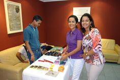 """Factor 3: Profesora. Profesoras Luxelvira Gamboa y Bertha Arnedo en la Presentación del libro """"En la Onda de la Radio"""" - 2011 - Paraninfo, Universidad de Cartagena. #Unicartagena #ComunicaciónSocial"""