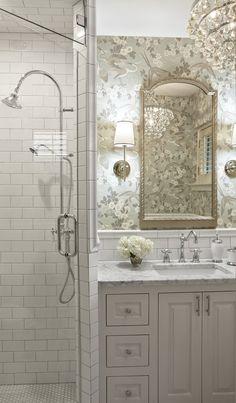 44 Girly And Feminine Bathroom Design Ideas That Are Beautiful Feminine Bathroom, Small Bathroom, French Bathroom, Bathroom Closet, Dream Bathrooms, Beautiful Bathrooms, Master Bathrooms, Interior Exterior, Interior Design