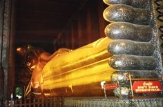 Temple of the Reclining Buddha, Bangkok, Thailand | Footsteps of a Wanderer