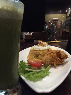 Nasi goreng  #nasigoreng #indonesia #friedrice #Asian