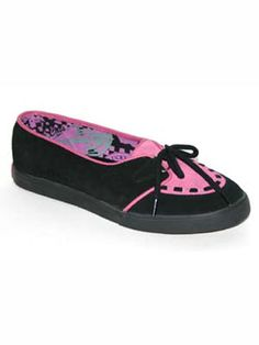 Underground - UW-R017 - Black/Pink Low-slung creeper styleFeatures Underground branded soleLace up front http://www.comparestoreprices.co.uk/shoes/underground--uw-r017--black-pink.asp