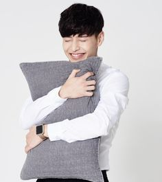 Hug me too💓 Drama Korea, Korean Drama, Kang Haneul, Scarlet Heart, Learn Korean, Hug Me, Actor Model, Korean Actors, Future Husband