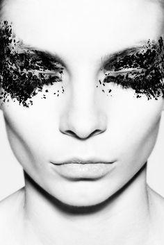 great idea for drunken make-up application :)