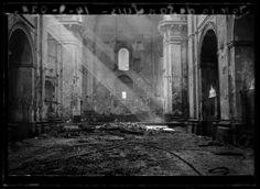 1936 Iglesia de San Luis tras el incendio, Madrid, por Luis Ramón Marín.