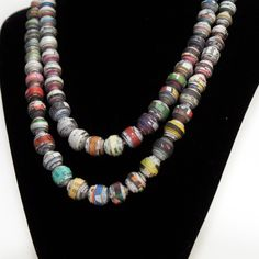 Beautiful paper bead necklace with video tutorial . . . Maddy might like to make a version of this