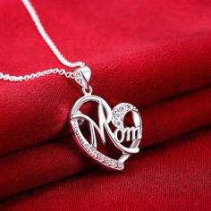 Mother's Day Gifts Mother and Child Family Love Heart Pendant Necklace