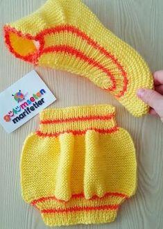 Crochet Baby Socks Knitted Slippers 57 Ideas – The Best Ideas Knit Slippers Free Pattern, Knitted Slippers, Knitted Hats, Knitting Socks, Knitting Stitches, Baby Knitting, Crochet Baby Socks, Knit Crochet, Knitting Patterns