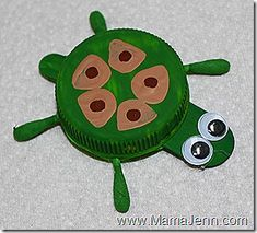 FreeKidsCrafts - Free Crafts And Printables For Kids of All Ages Bottle-Cap Turtle--by mama-jenn. Plastic Bottle Caps, Bottle Cap Art, Plastic Milk, Bottle Stopper, Summer Crafts, Crafts For Kids, Arts And Crafts, Family Crafts, Jungle Crafts