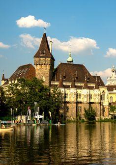 5 Reasons to Visit Budapest, Vajdahunyad Castle Castle Ruins, Castle House, Medieval Castle, Visit Budapest, Budapest Hungary, Travel Around The World, Around The Worlds, Castle Pictures, Renaissance