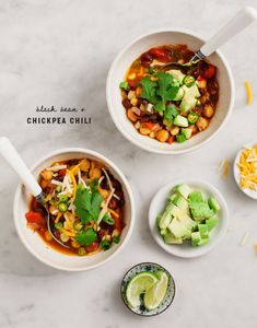 Black Bean & Chickpea Veggie Chili / www.loveandlemons.com