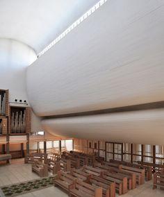 AD Classics: AD Classics: Bagsværd Church,Photo by seier + seier - http://www.flickr.com/photos/seier/
