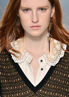 Single earrings Louis Vuitton Fall 2014