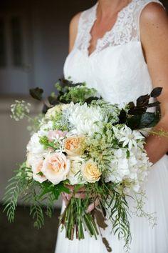 Lovely bouquet: http://www.stylemepretty.com/australia-weddings/queensland-au/2015/05/26/rustic-elegant-australian-wedding/ | Photography: Jennifer Oliphant - http://www.jenniferoliphant.com/