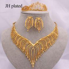Women's Jewelry Sets, India Jewelry, Women Jewelry, Jewellery, Dubai Fashion, Gold Fashion, Ring Bracelet, Ring Earrings, Women Accessories