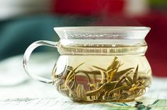 What is #GreenTea Good For? So many things, including your #heart #brain and more http://www.lqliquidhealth.com/green-tea-extract-benefits/