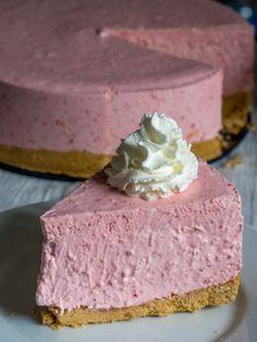 Gâteau au fromage et fraises sans cuisson.