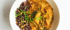 Pumpkin spinach curry with black rice | New World Roasted Cashews, Raw Cashews, Coriander Seeds, Fennel Seeds, Vegan Beef, Weekly Recipes, Spinach Curry, Black Rice, Curry Sauce