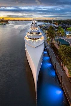 Yacht Design, Boat Design, Fort Lauderdale, Bateau Yacht, Yatch Boat, Ski Nautique, Big Yachts, Monaco Yacht Show, Grand Luxe