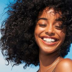 Black women hairstyles weave. Top quality virgin hair hair bundles human hair wigs hair extensions. #RawHair#VirginHair#HairstylesWomen#BlackWomenHairstyles Beautiful Smile, Black Is Beautiful, Beautiful Clothes, Beautiful Pictures, Maybelline, Pretty People, Beautiful People, Curly Hair Styles, Natural Hair Styles