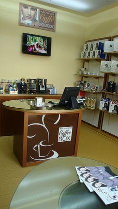 Il negozio Coffee Box a Ostia (progetto di Marco Tonnarelli Design)