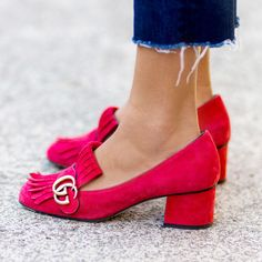 2ad388fd7c4e Shoes and Accessories Cynthia Reccord — Gucci Street Style Beautiful Shoes