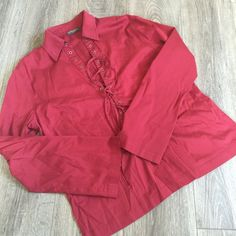 BANANA REPUBLIC Corset Front Top Blouse Shirt BANANA REPUBLIC Corset Front Top Blouse Shirt. No size tag, looks like a large. From the stretch line. Banana Republic Tops Blouses