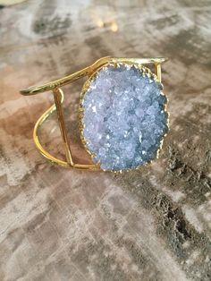 www.paigeofstyle.com #boho #accessories #bohostyle #bohoaccessories #bohemian #style #crystals #druzy